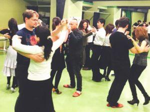 ペアダンス 赤坂 ダンススタジオ レンタルスタジオ 社交ダンス ソシアルダンス ダンスコミュニティー 国際交流 レッスン IDC